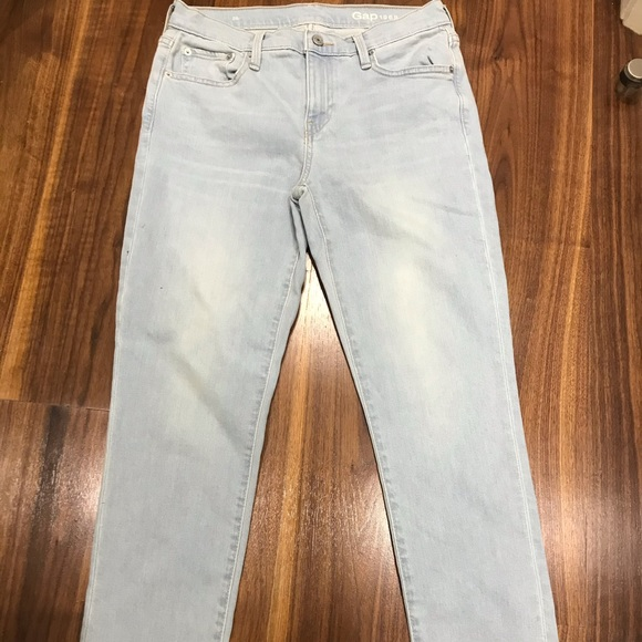 Faded Blue Mid-Rise Jeans